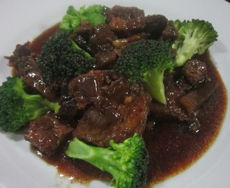 BEEF and BROCCOLI in OYSTER SAUCE