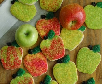 cinnamon sugar cookies . . . and apples, apples, apples for Teacher!