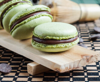 Sunday Supper #Cookielicious Exchange Party: Green Tea Macarons with Chocolate Ganache