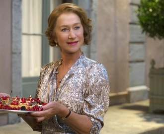 Picnic Dishes: Currie Hot Dog & More! #100FootJourney #FoodieFriday