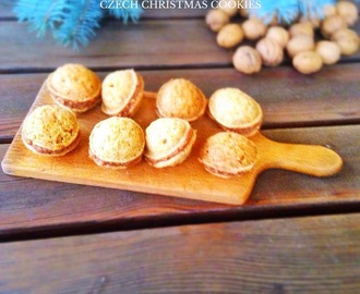 CZECH CHRISTMAS COOKIES - WALNUTS