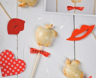 Apple Pie Pops