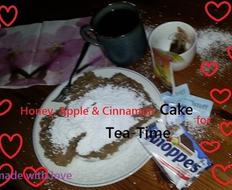HONEY, APPLE & CINNAMON CAKE / British Tea Time Cake / deutsch