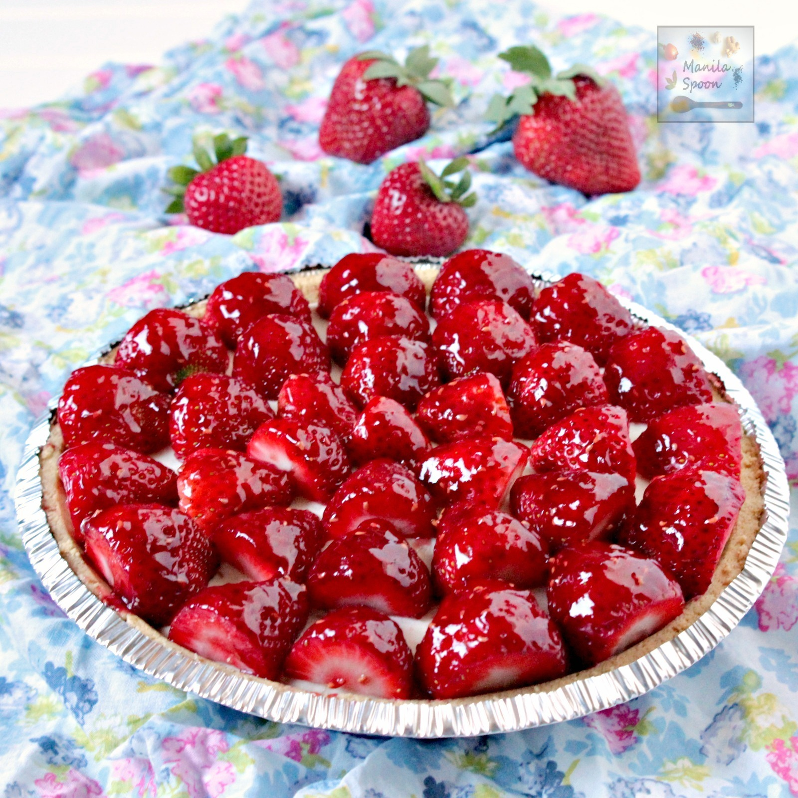 No Bake Strawberry and White Chocolate Cheesecake Pie