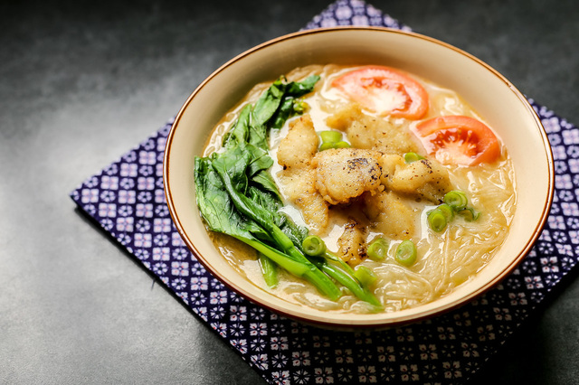 Fish Soup Bee Hoon