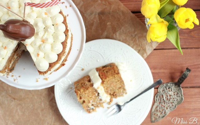 Oster-Klassiker: Carrot Cake mit Cream Cheese Frosting