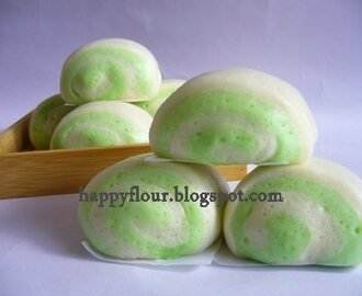 Pandan Two Tone Steamed Buns
