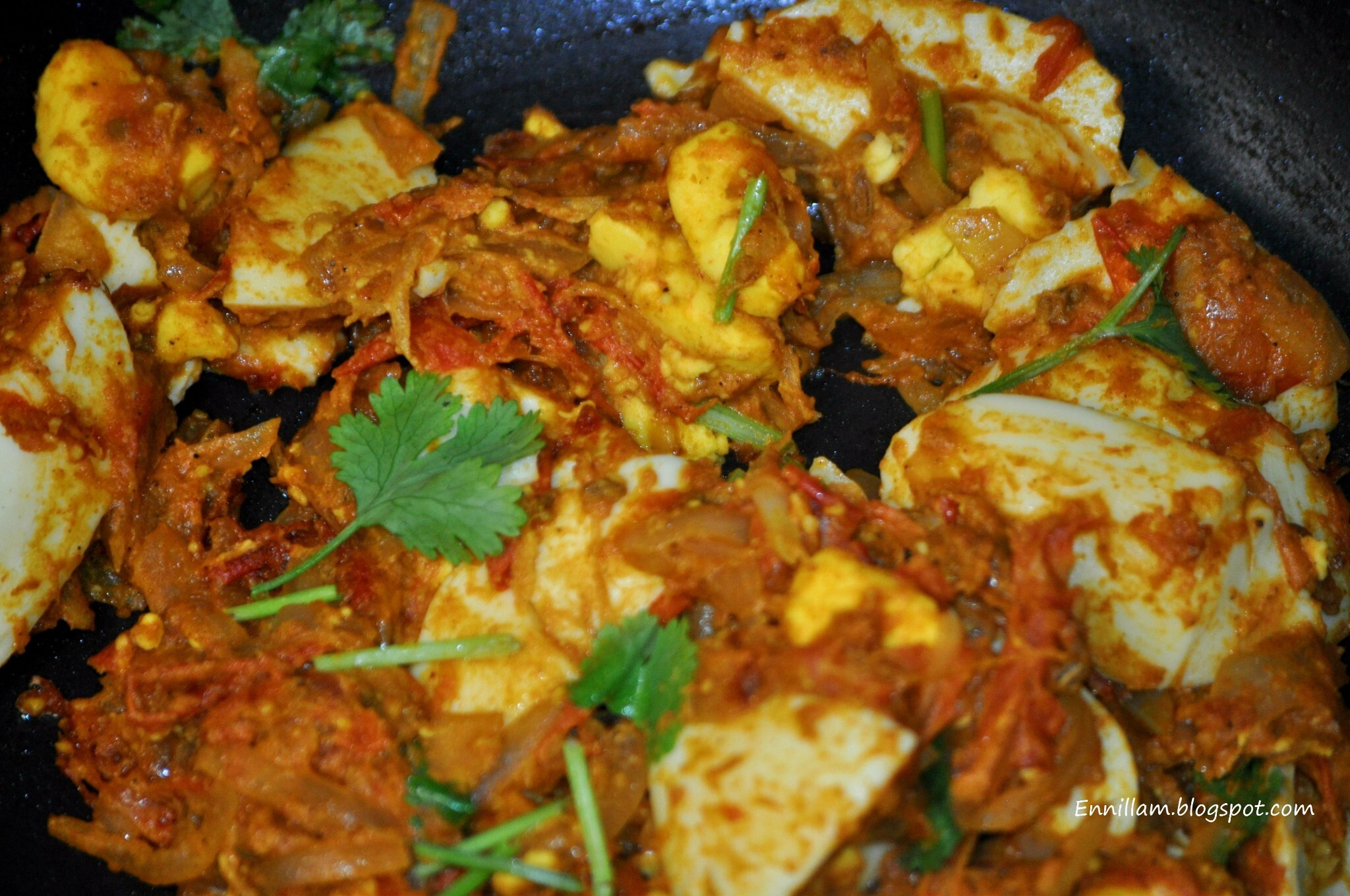 Egg masala (method 1 - dry)