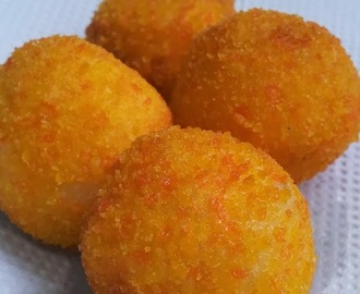 Cheezy Cheese Balls