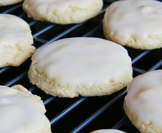 Almond Cake Cookies with Cinnamon Spice Glaze