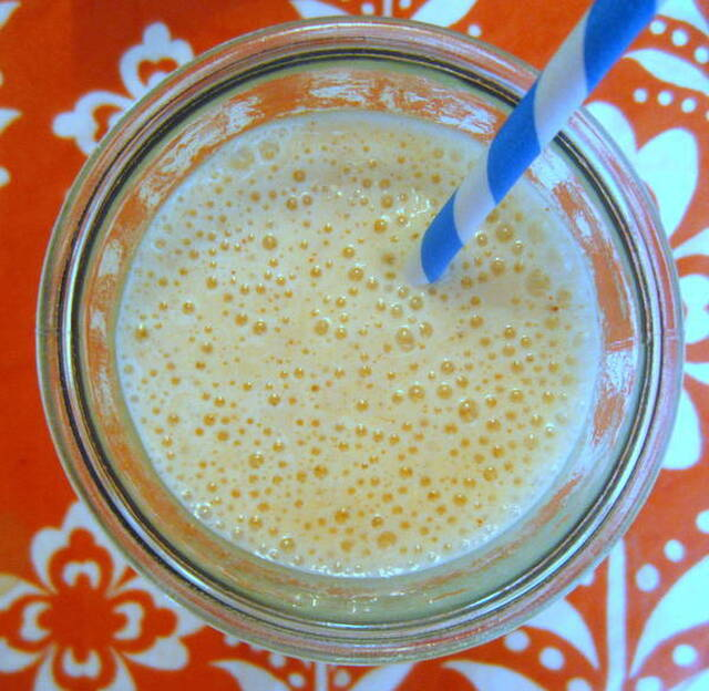Spicy Peanut Butter and Bananas Smoothie Recipe