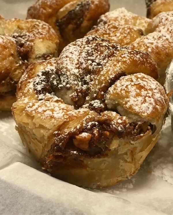 Snickers cruffins