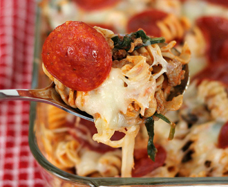 Pizza Pasta Casserole – A Great Weeknight Dinner!