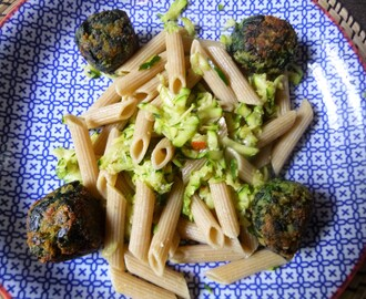 Whole Wheat Pasta with Courgette Sauce and Spinach Balls Recipe