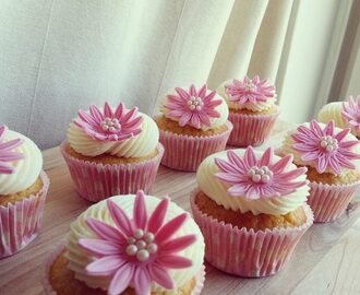 Rosa Babyshower Cupcakes