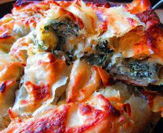 Pita s koprivom i jogurtom :: Filo pie with nettles and yoghurt