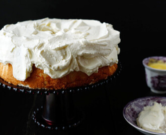 Pineapple Angel Food Cake: Fresh & Fruity