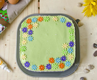 Layering My Pandan Cake With Eggless Pandan Kaya Filling