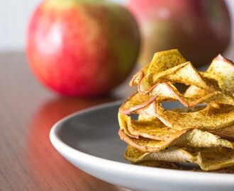 Curried Apple Chips: #SundaySupper