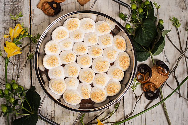 """Smores Dip"" (Marshmallows in Schokoladensauce)"