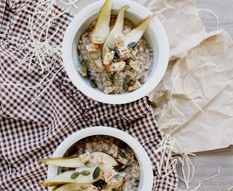 Chai Porridge with Spicy Pears and Raw Bar Bites