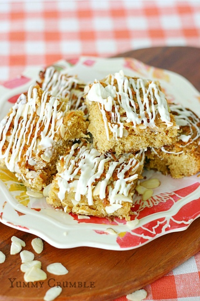 White Chocolate Pineapple Coconut Cookie Bars