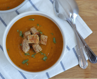 Roasted sweet potato and peanut soup