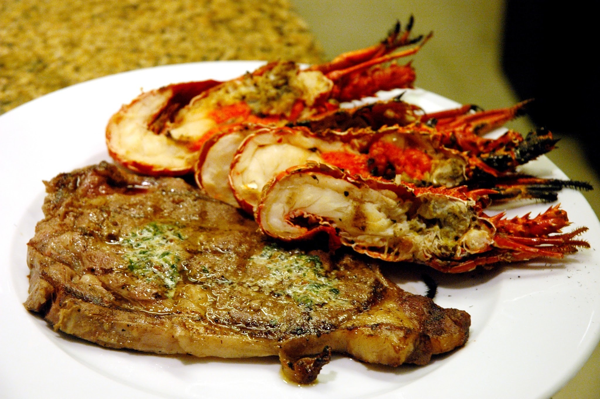 Surf's Up at The Hyatt's Market Cafe Seafood and Steak Buffet
