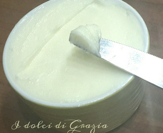 Burro fatto in casa - Homemade butter
