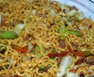 Pancit Canton with Ground Beef