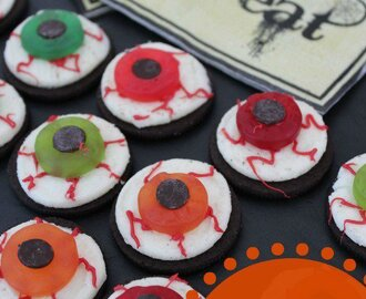 Kids Halloween Snack Ideas | Oreo Eyeballs!
