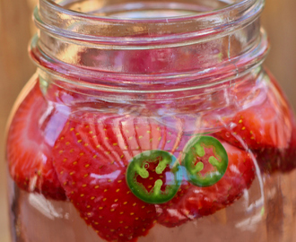 Strawberry Jalapeno Iced Tea