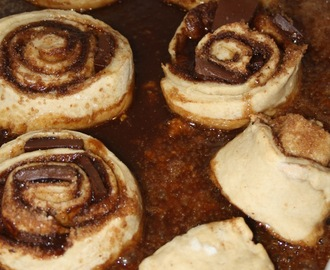 Chocolate cinnamon rolls