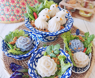 Khanom Chor Muang & Khanom Jeab Nok (Thai Steamed Flower & Bird Dumplings)