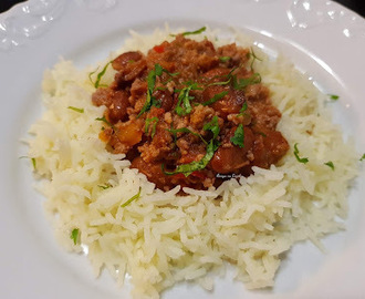 Chili de carne com arroz