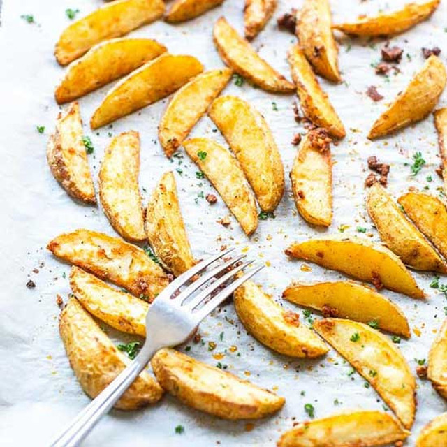 Oven Baked Potato Wedges