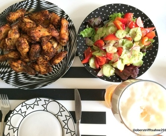 Low carb am Abend: Chicken Wings und Salat