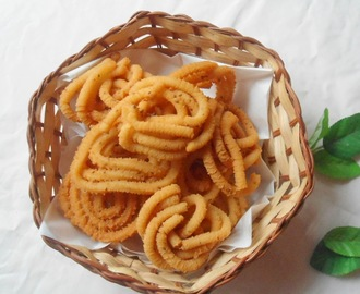 Potato Murukku | Aloo Chakli | Easy Snack Recipe
