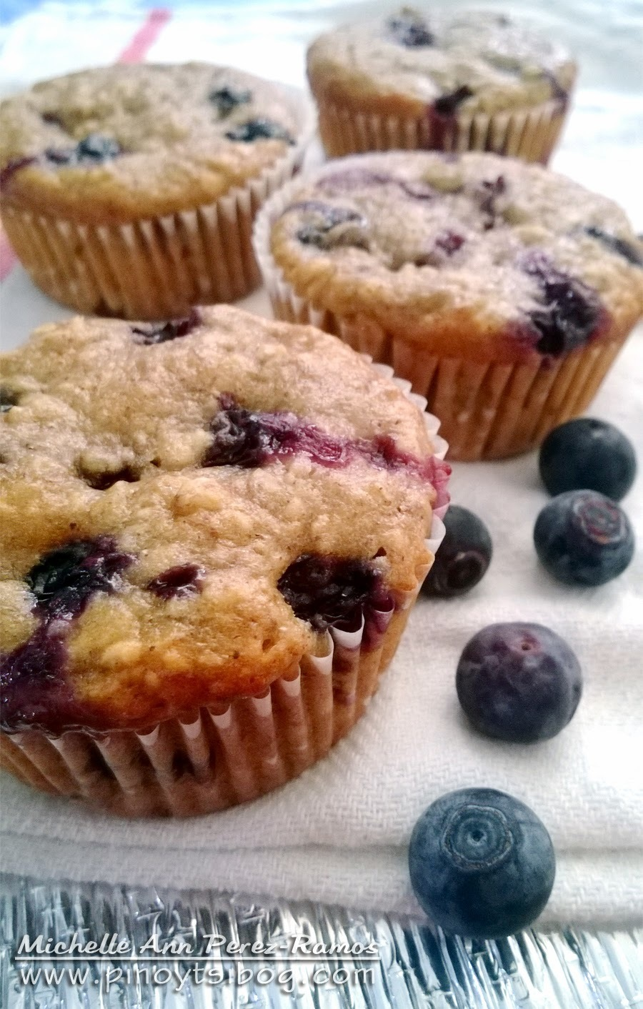 Healthy Banana Blueberry Oatmeal Muffins