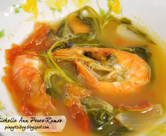 Sinigang na Hipon (Filipino Sour Prawn Soup)