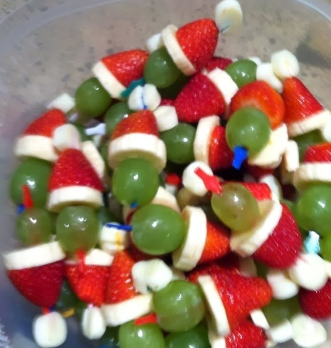 Healthy Fruit Grinch Party Poppers