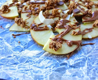 "Apple ""Nachos"" with Granola and Chocolate Peanut Butter Drizzle"