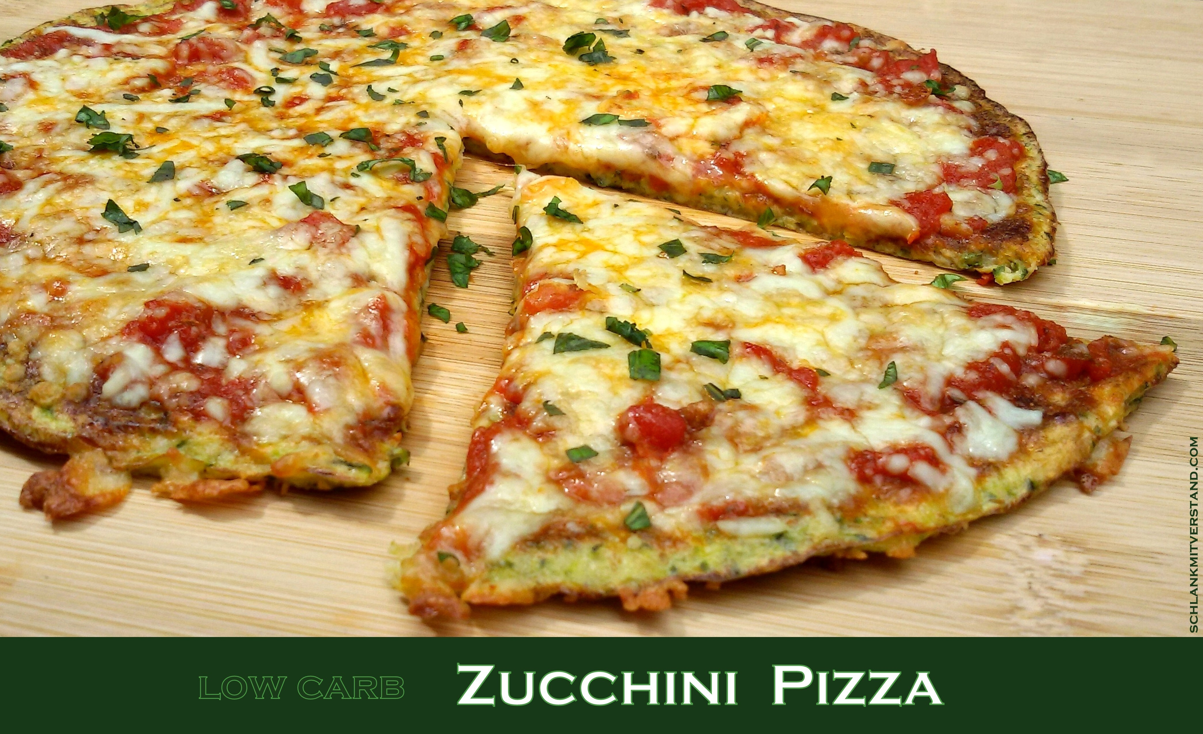 Zucchini Pizza low carb vegetarisch
