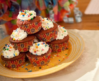 Special Cupcakes with Frosting Sarap Diva Recipe