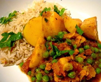 Aloo Gobi Matar - Potato, Cauliflower and Pea Curry