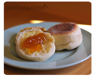 MelissaBee Recipe {English Muffins}