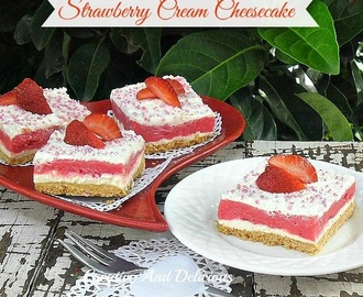 Strawberry Cream Cheesecake