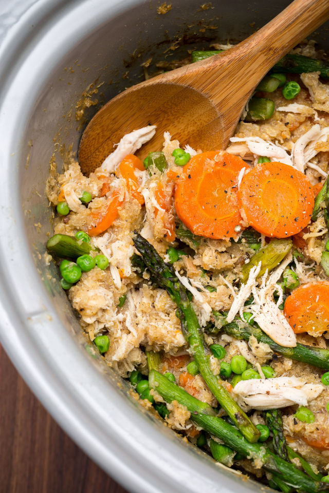 Slow-Cooker Quinoa Risotto with Carrots and Asparagus
