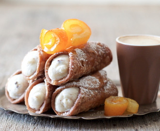 Cannoli with homemade ricotta
