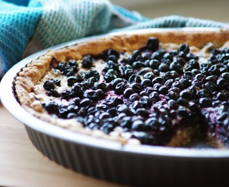 [Ich backs mir] - Blackcurrant Meringue Pie